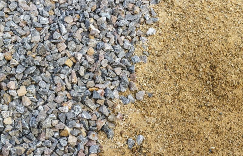 Carradas de Pedra e Areia no Parque Itajaí - Areia e Pedra Moída