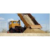 caminhão de areia média