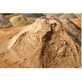 carrada de areia para construção