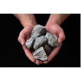 pedra dreno estacionamento Residencial Cravos