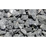 pedras dreno estacionamento Fazenda Jaguari