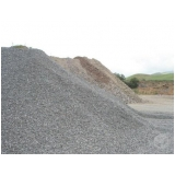 pedras e areia para construção na Vila Rio Branco